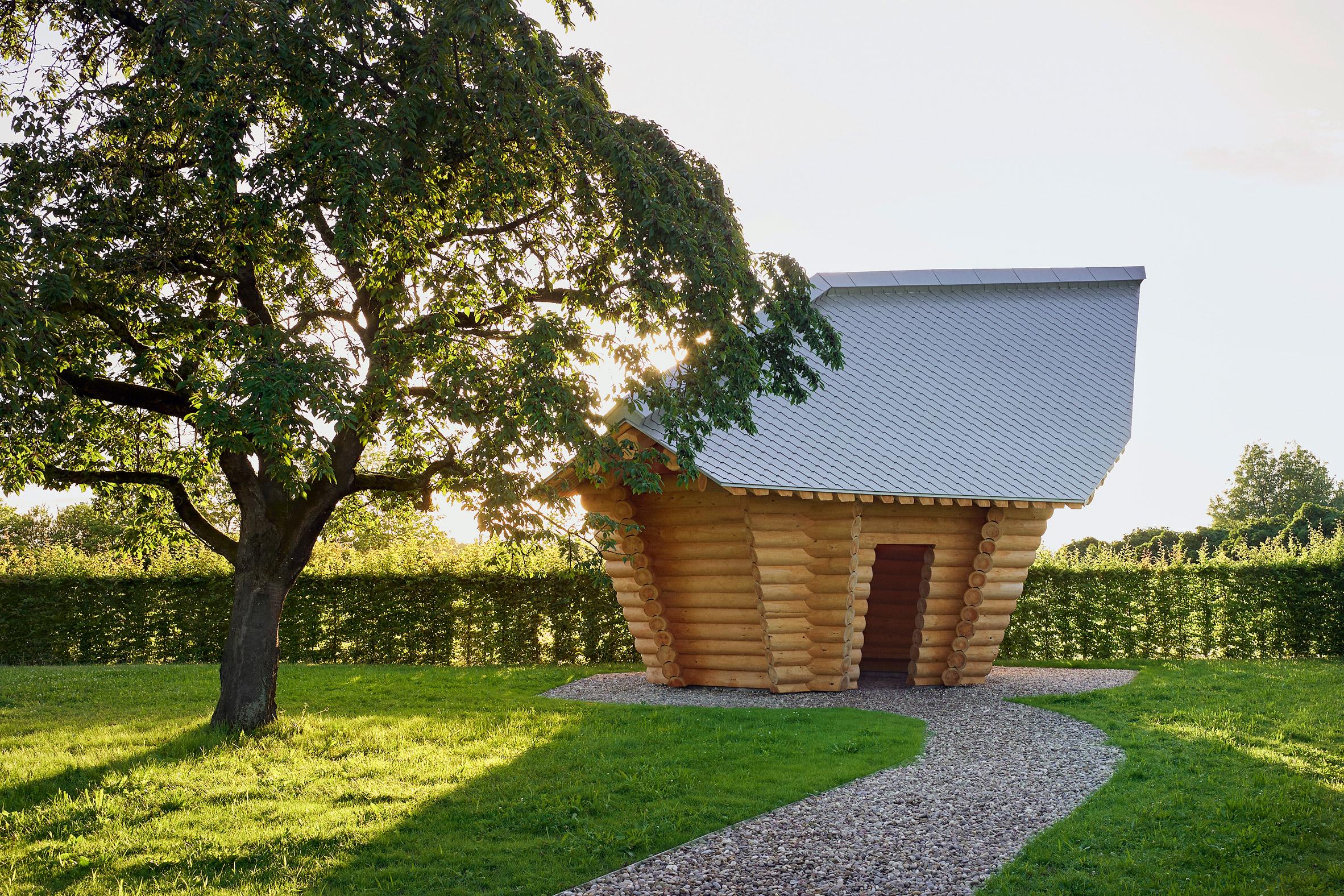 Blockhaus by Thomas Shütte