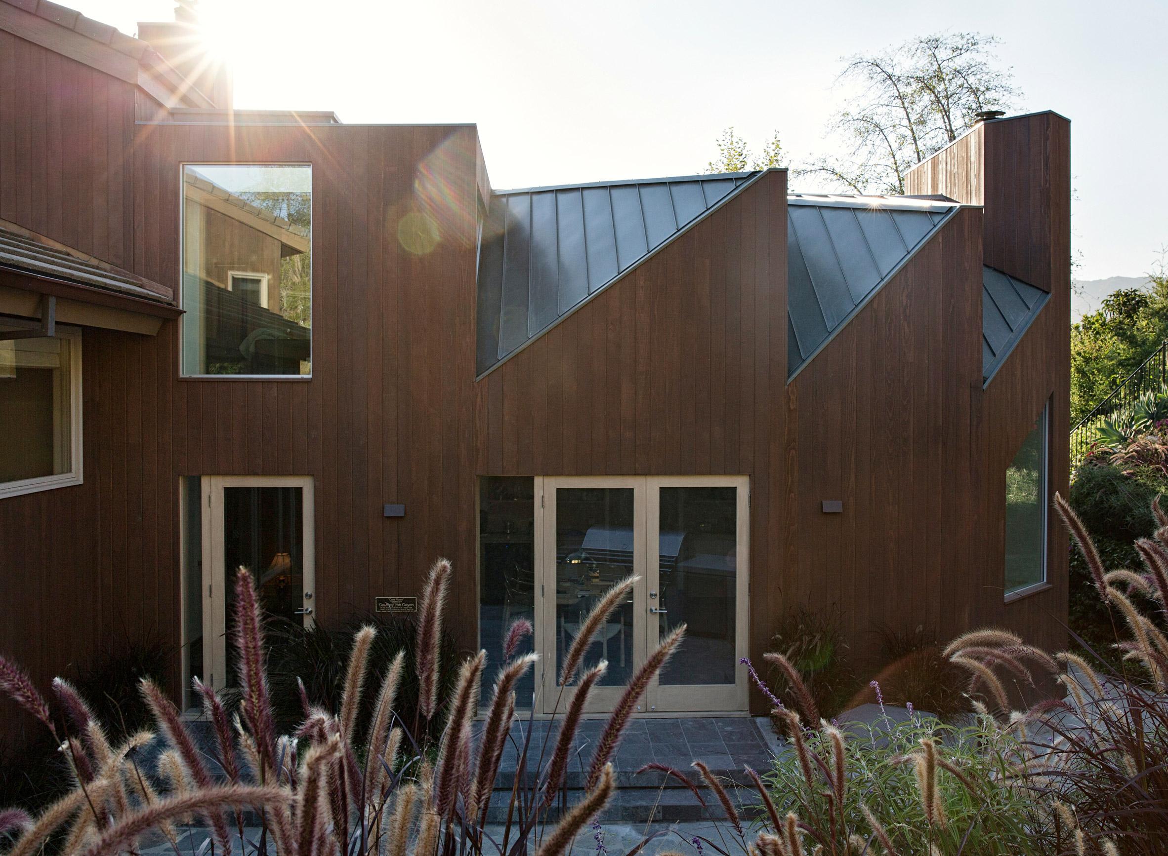 Case Room house by Geoffrey von Oeyen
