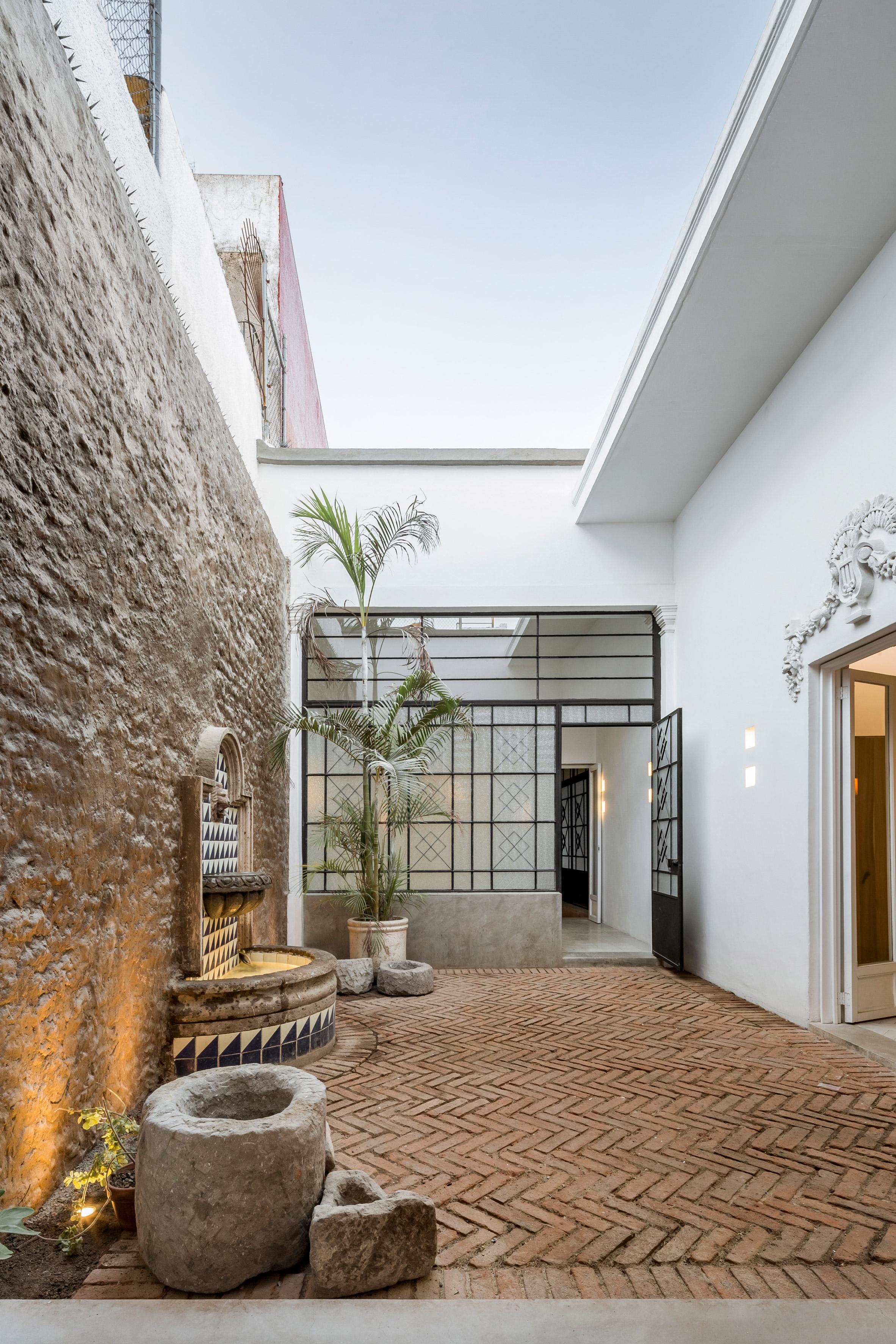 Delfino Lozano Guadalajara house