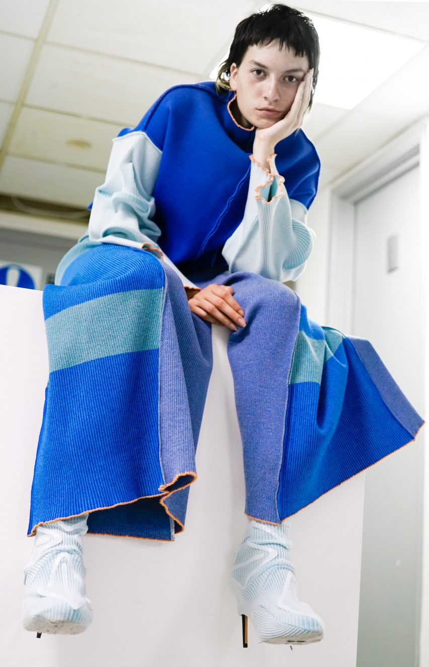 Lingxiao Luo creates playful knitwear using 3d-printing