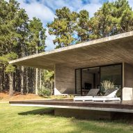 Besonías Almeida Arquitectos creates board-marked concrete summer house