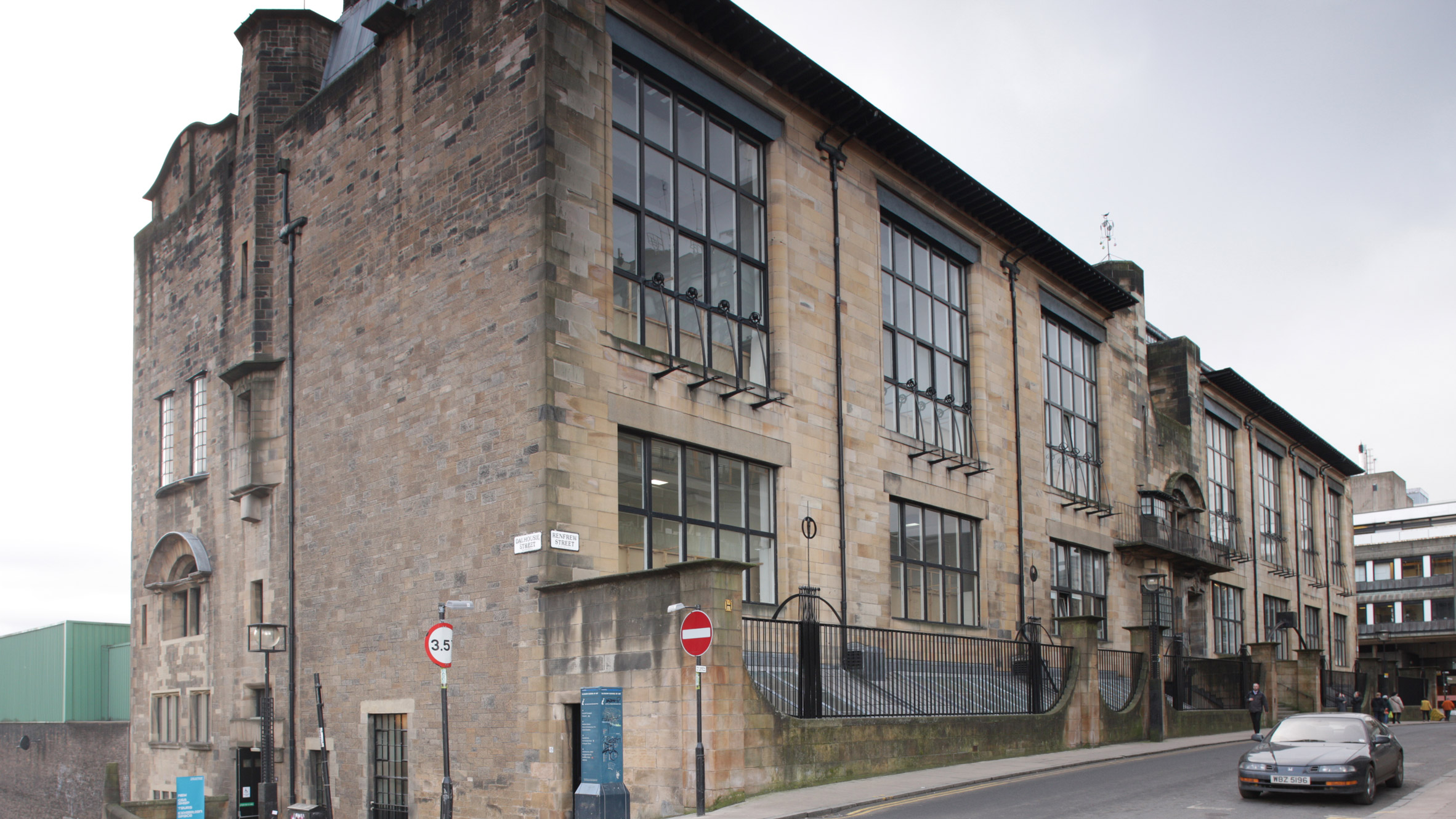 art article in charles rennie mackintosh buildings