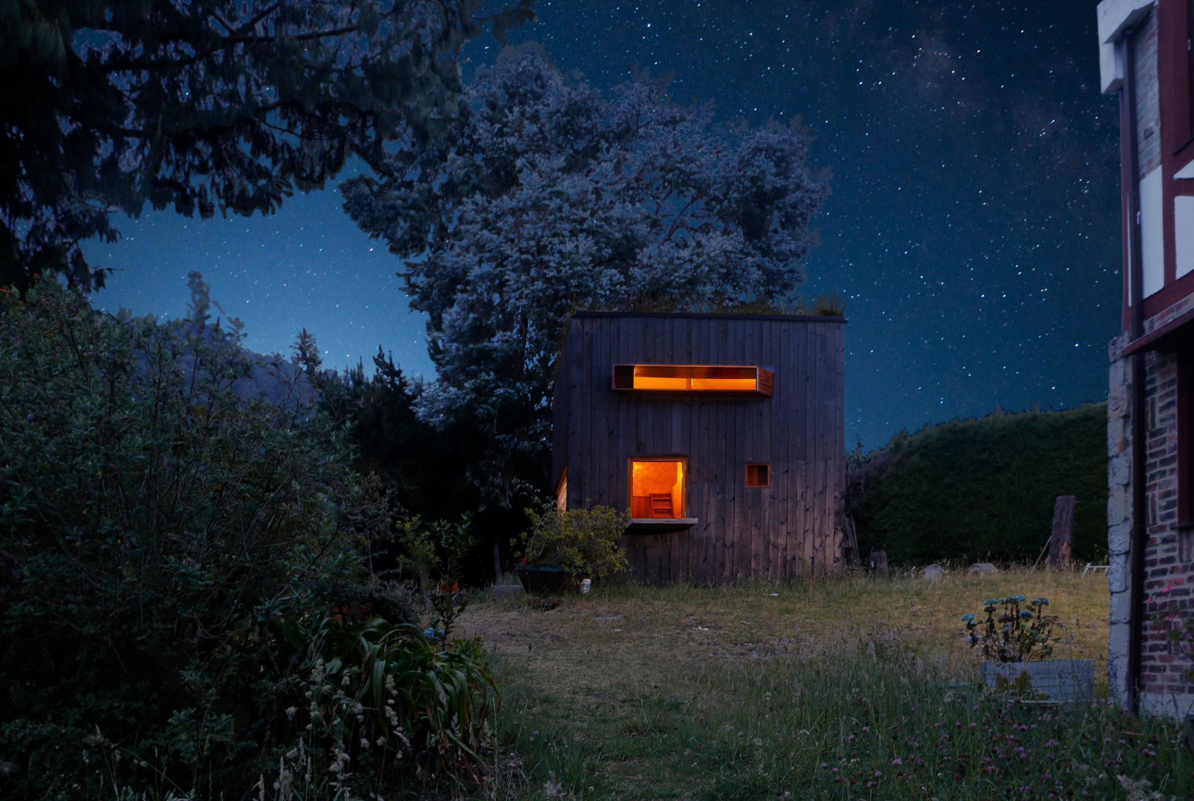 House on the Mist by Alfonso Arango