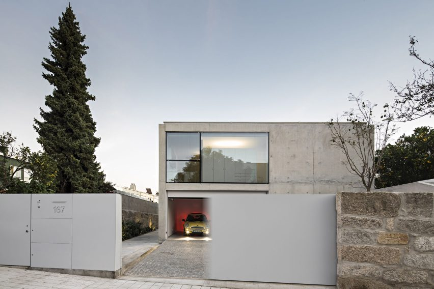 House in Serralves by João Vieira Campos