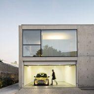 João Vieira de Campos completes minimal concrete house in Porto