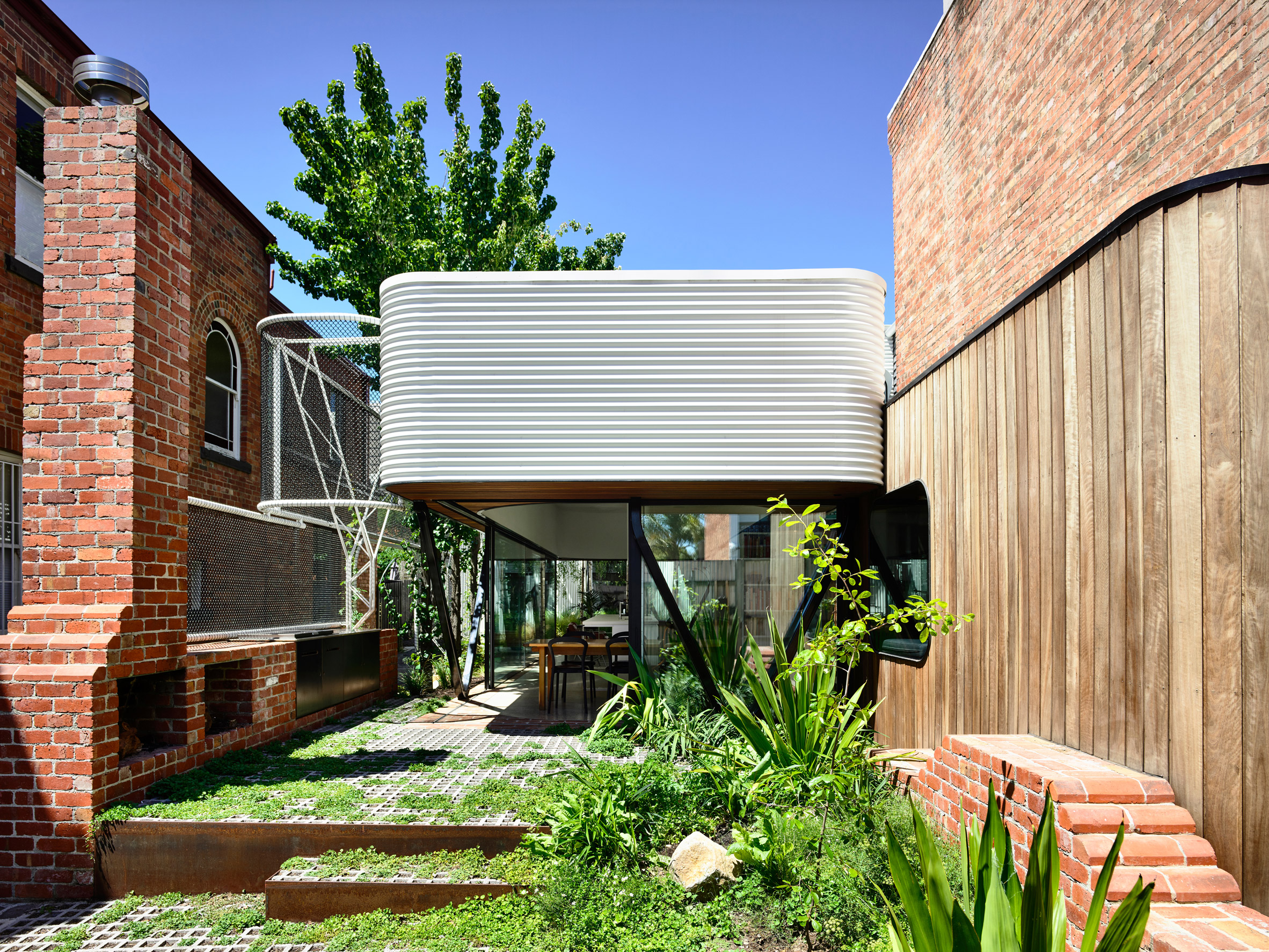 Converted Stable And Pocket Park Feature In Revamped Melbourne House By Austin Maynard