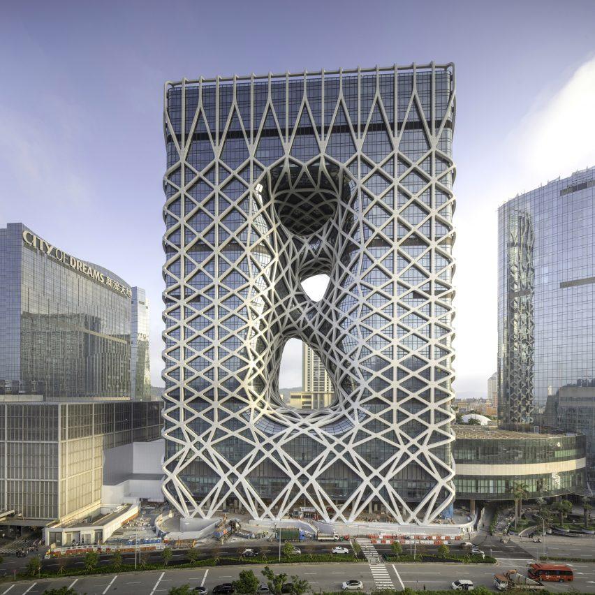 Morpheus hotel by Zaha Hadid Architects, photo by Ivan Dupont