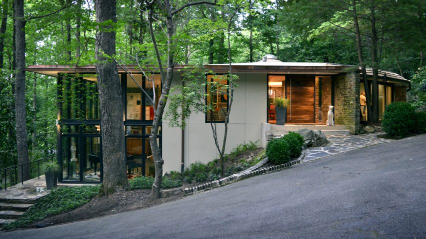 Mountain Brook Residence by Design Initiative