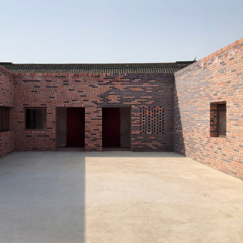 Elevation Reclaimed Wood : Peach house is a contemporary brick clad courtyard