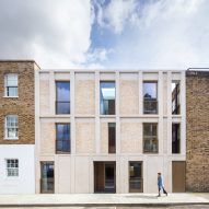 Haptic completes contemporary apartment block in Chelsea conservation area