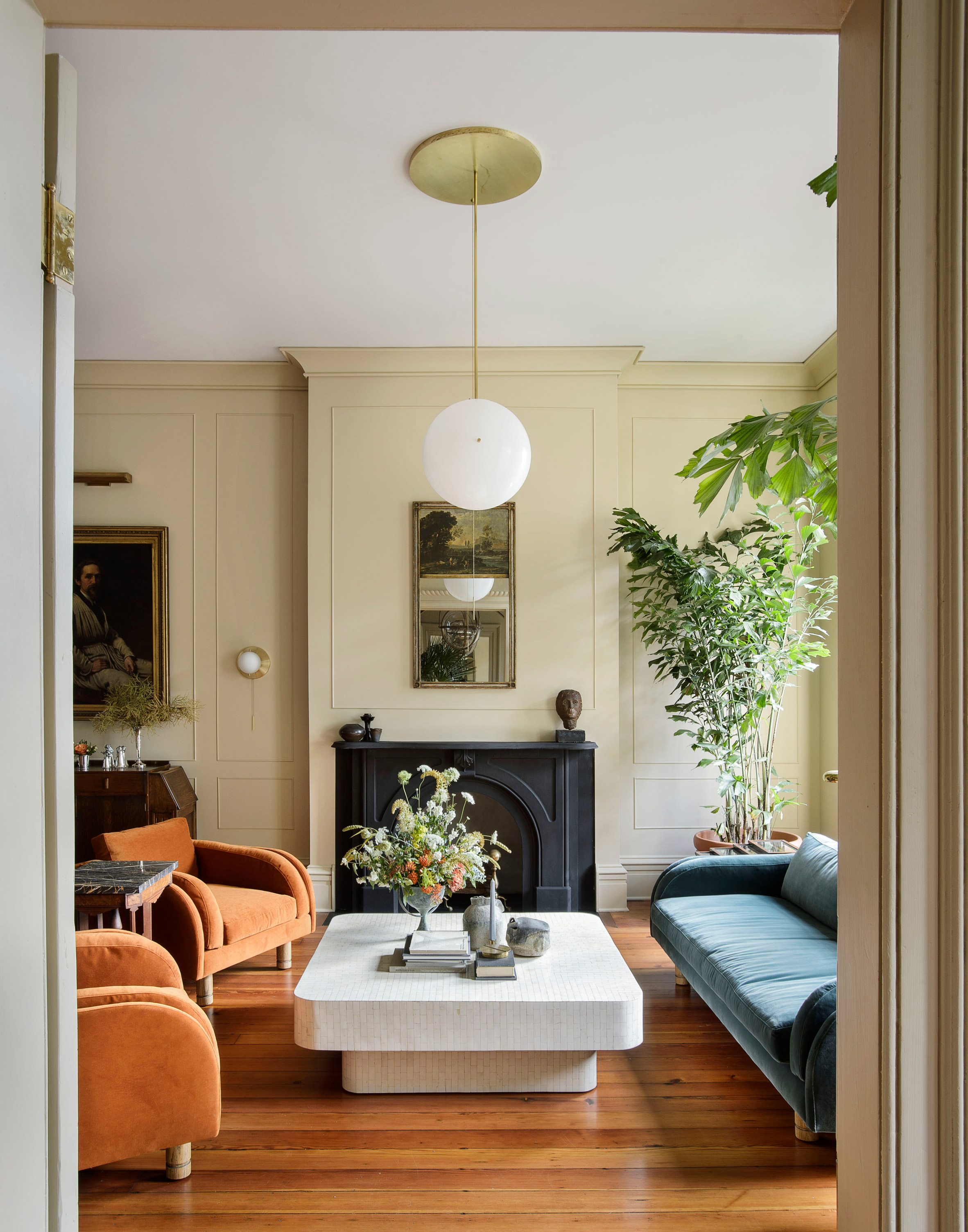 "Workstead gives 19th-century Charleston rowhouse a ""southern modernism"" makeover"
