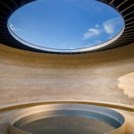 Mark Wallinger and Studio Octopi unveil labyrinth and reflective pool at Runnymede