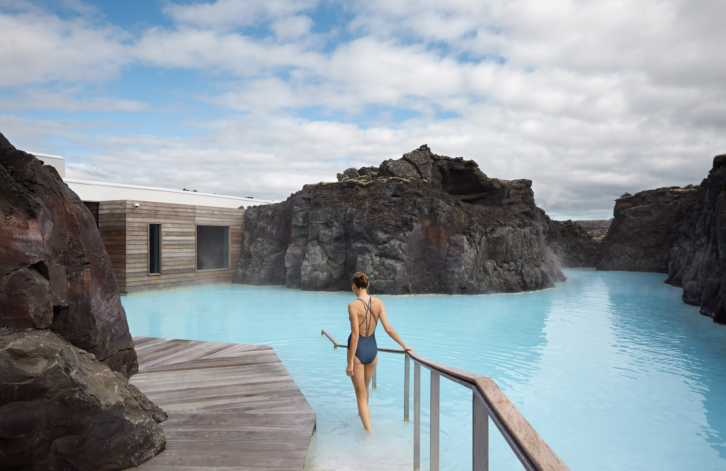 3novices basalt architects completes hotel at iceland s for Blue lagoon iceland accommodation