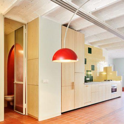 Escolano + Steegmann create apartment that recalls rooftops of Barcelona