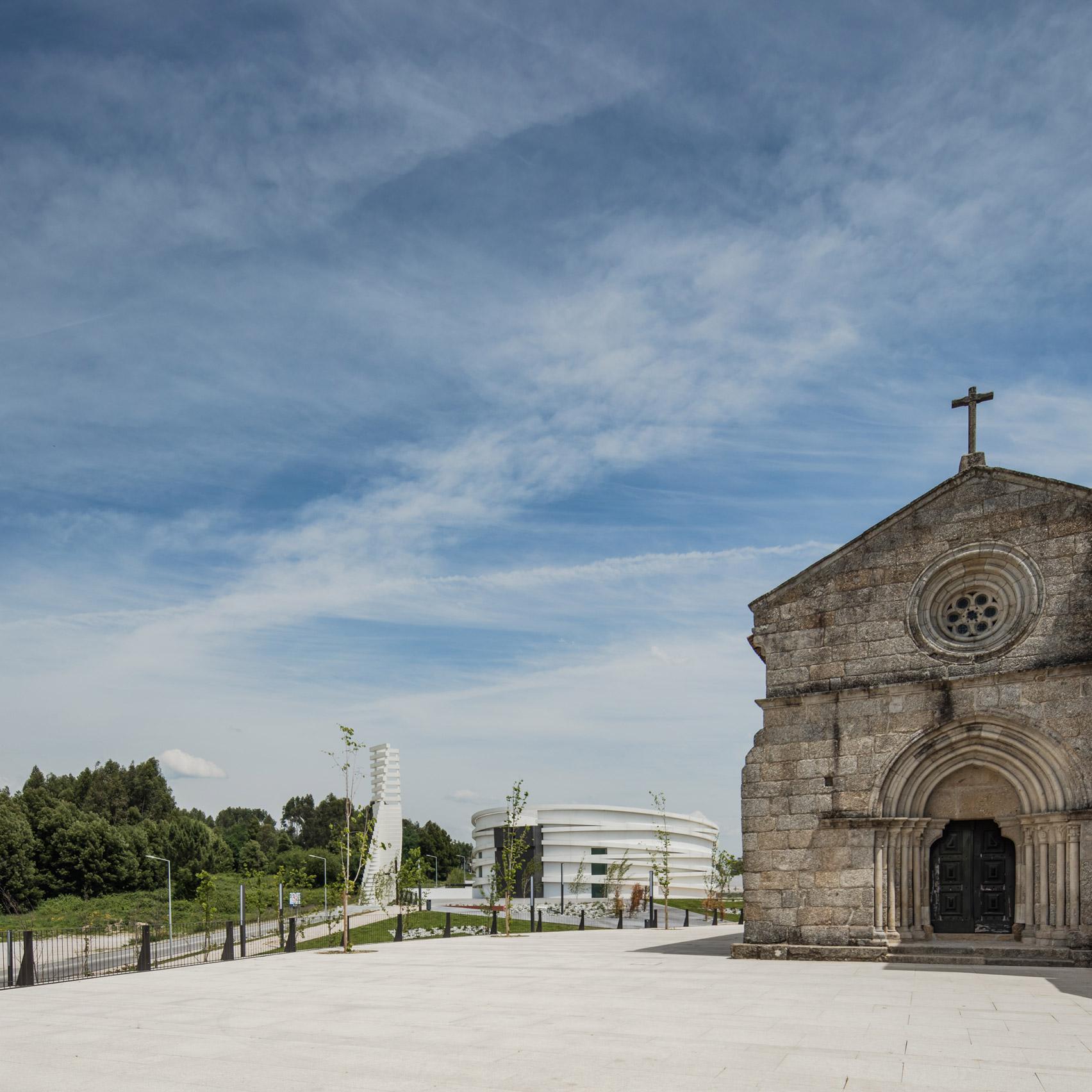 Church in S Tiago de Antas by Hugo Correia