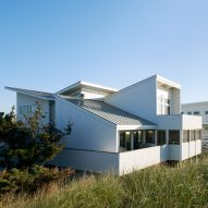 Delson or Sherman Architects upgrades Fire Island House to withstand hurricanes