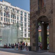 Foster + Partners Apple Store Milan. Photos by Nigel Young