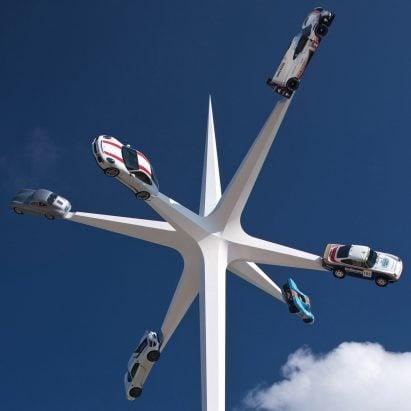 La escultura Goodwood Festival of Speed de Gerry Judah celebra 70 años de producción de Porsche