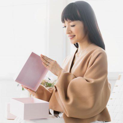 Marie Kondo lanza cajas estilo shoebox para ayudar a las personas a ordenar sus casas