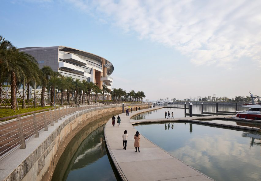 UNStudio reveals new riverside marina and clubhouse inspired by the shape of luxury yachts
