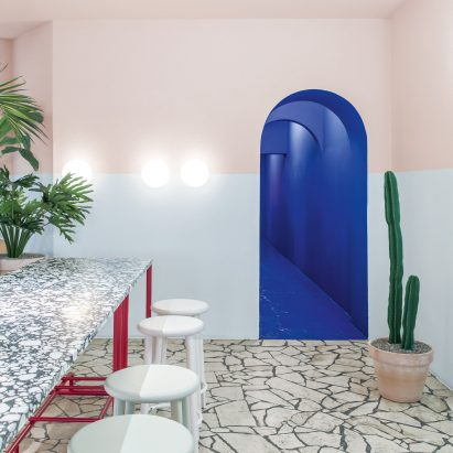 Ester Bruzkus Architekten designs Hockney-inspired restaurant in Berlin