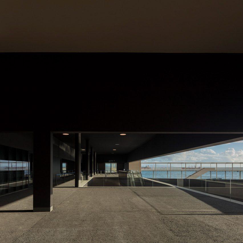 Lisbon Cruise Terminal by João Luís Carrilho da Graça