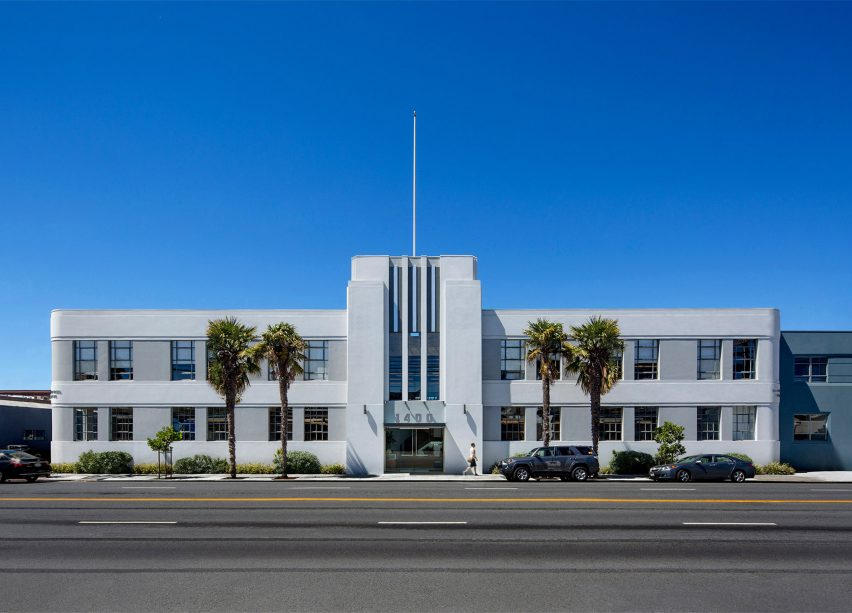 McClintock Building by Pfau Long