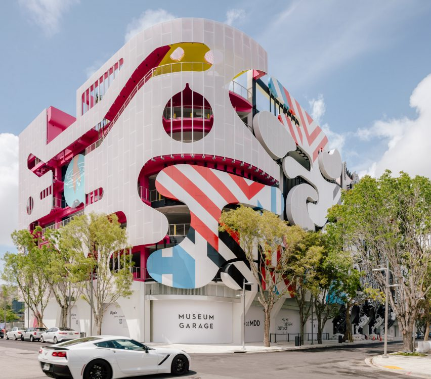 Miami Parking Facility Museum Garage Combines Several Exterior Designs