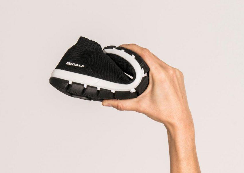 Ecoalf crea zapatillas hechas de algas y plástico marino