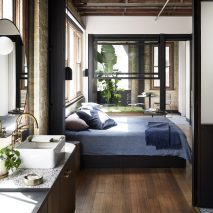 Paramount House Hotel by Breathe Architecture