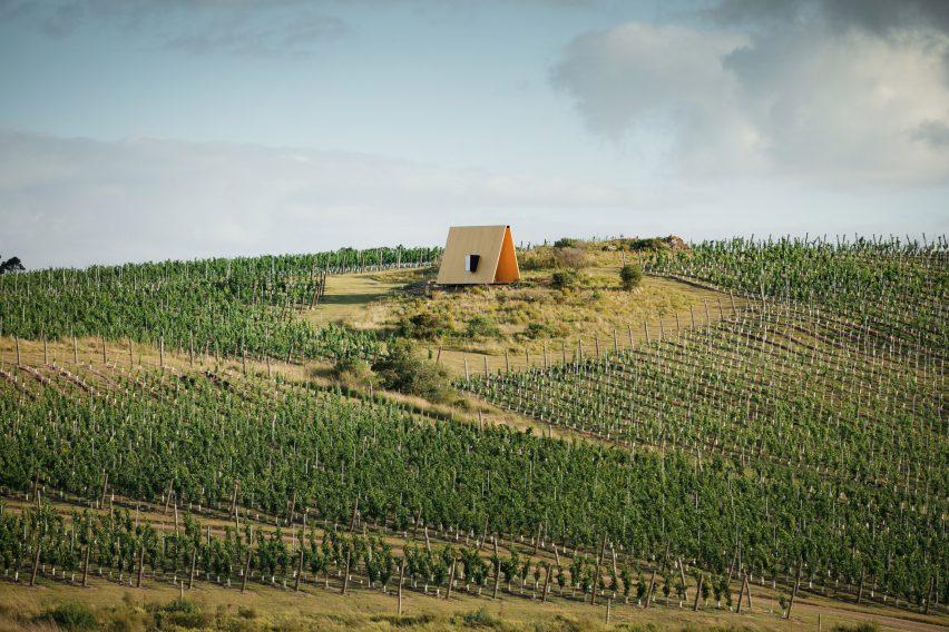 Sacramonte Chapel by MAPA