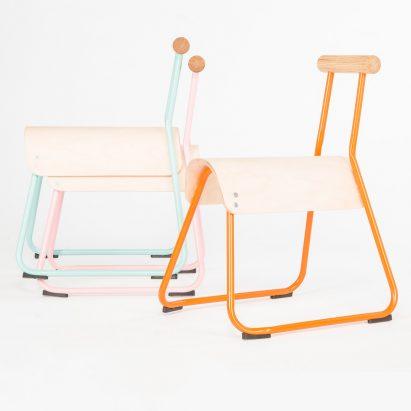 Masahiko Ito rediseña la silla de la escuela para mejorar la postura y reducir la inquietud