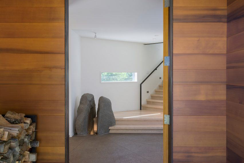 Bailer Hill house by Prentiss Balance Wickline Architects