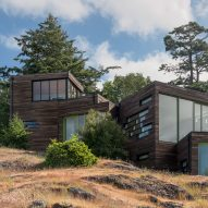 Cascading boxes with green roofs form coastal Washington home by Prentiss Balance Wickline