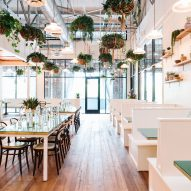 "Square Feet Studio opts for ""spare nautical"" interior at Atlanta oyster bar"