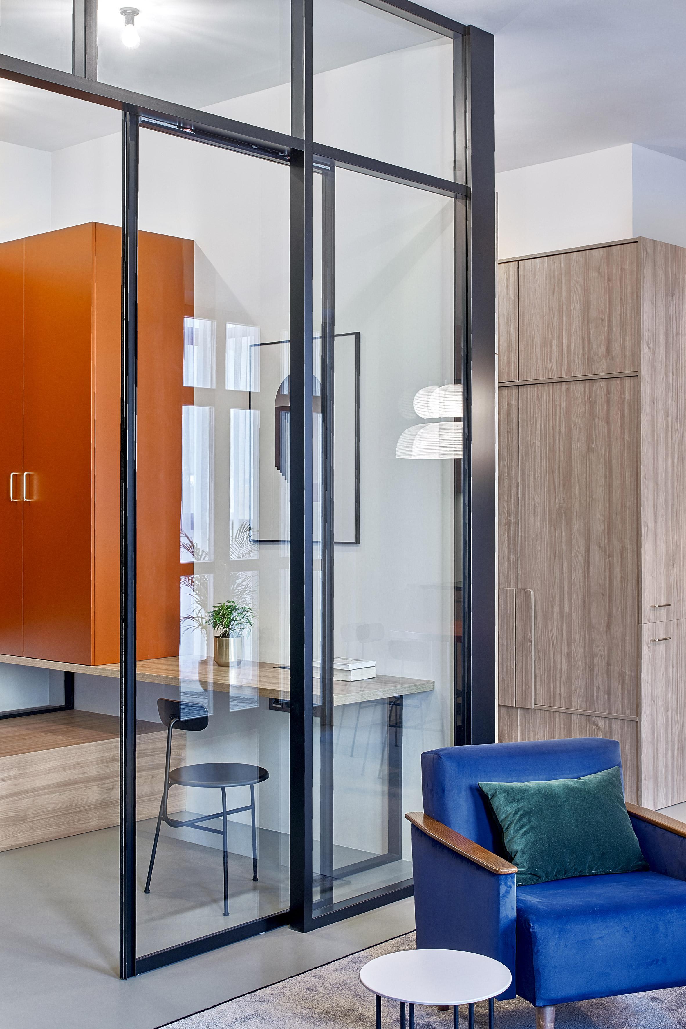 99 square-metre apartment by Lera Brumina