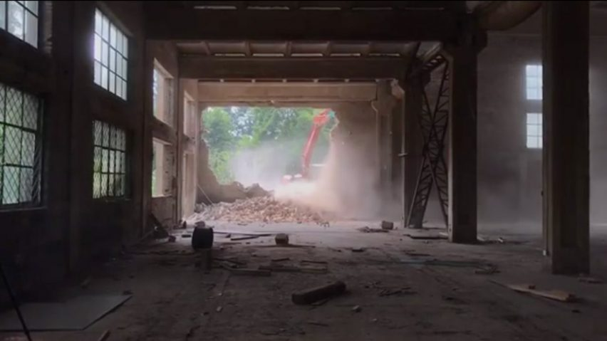 Ai Weiwei's Beijing studio demolished