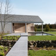 Maryann Thompson refurbishes and extends shingled Cove House in Martha's Vineyard