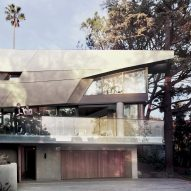 Facets and curves form exterior of Hollywood Hills House by Tighe Architecture