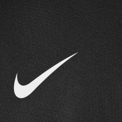 Nike retira el pasamontañas tras denuncias de que incita a la violencia de pandillas