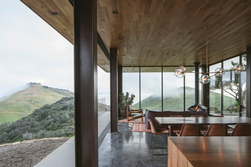 Off-Grid Guest House by Anacapa Architecture