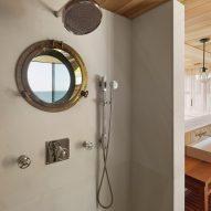 Peconic House by Mapos Studio