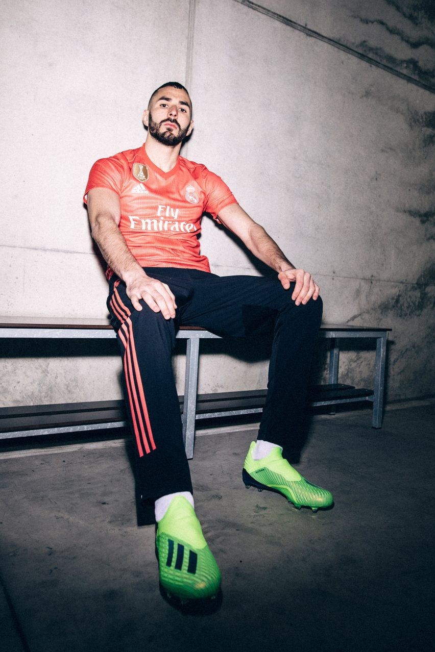 Los kits del Real Madrid hechos de plástico marino por Adidas