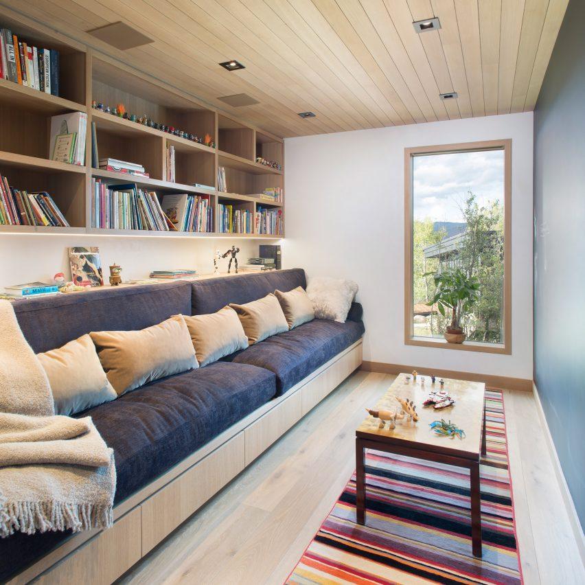 Ridge House by Rowland + Broughton