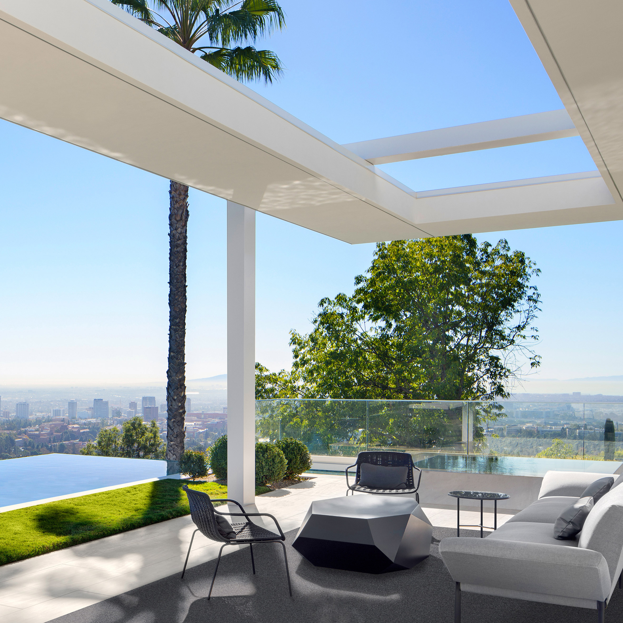 10 los angeles mansions fit for the rich and famous architecture