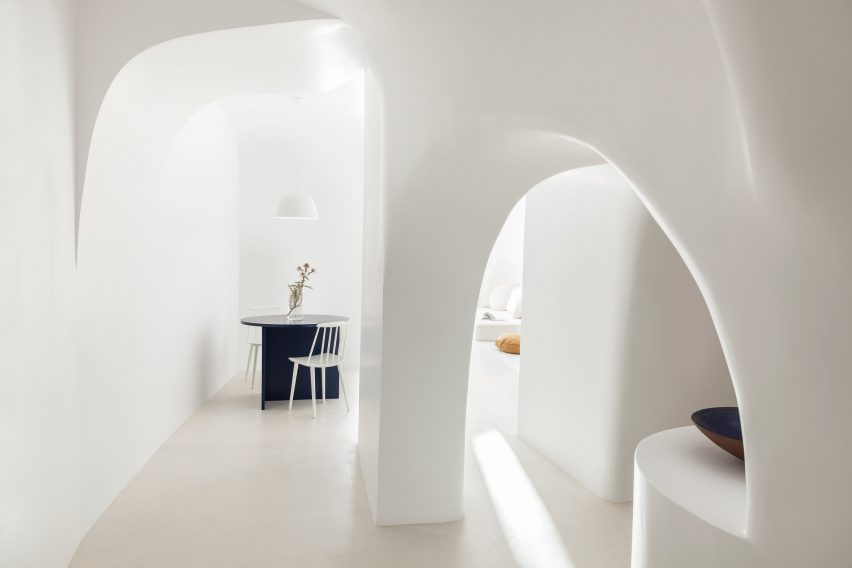 Santorini holiday home by Kapsimalis Architects