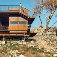 Clear Rock by Lemmo Architecture and Design