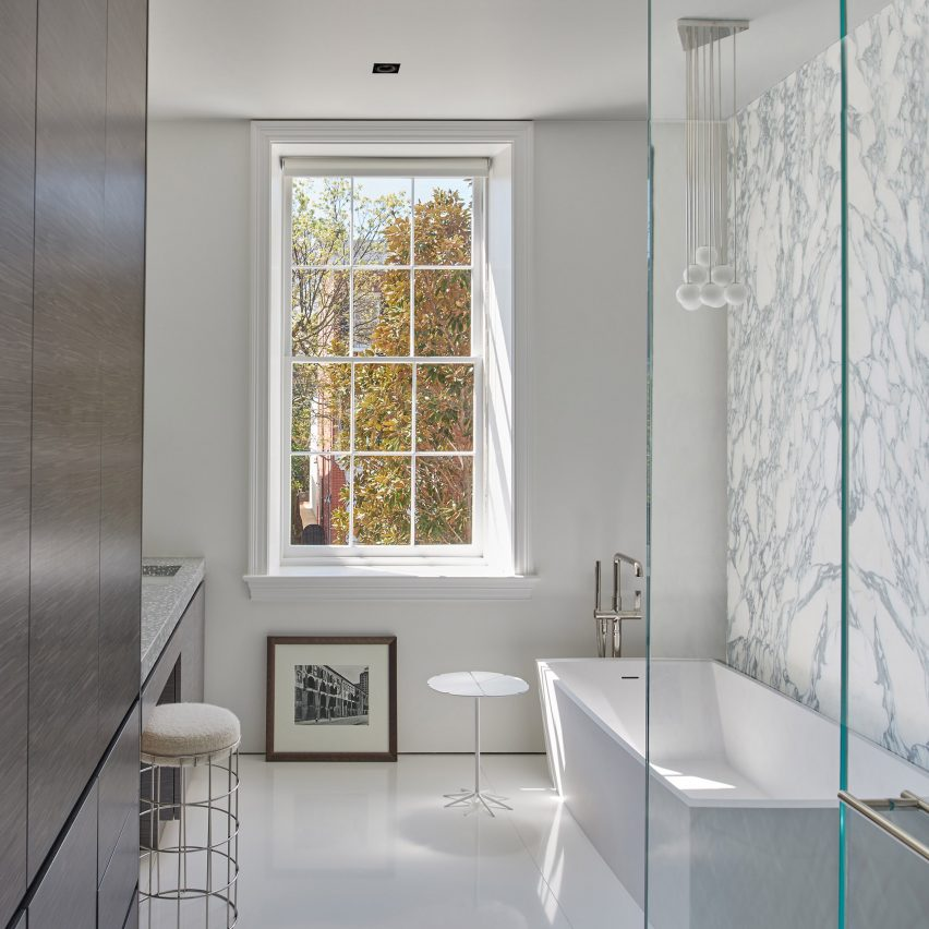 Cox's Row by Robert Gurney Architects