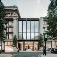"David Chipperfield Architects completes ""grand new entrance"" to Selfridges"