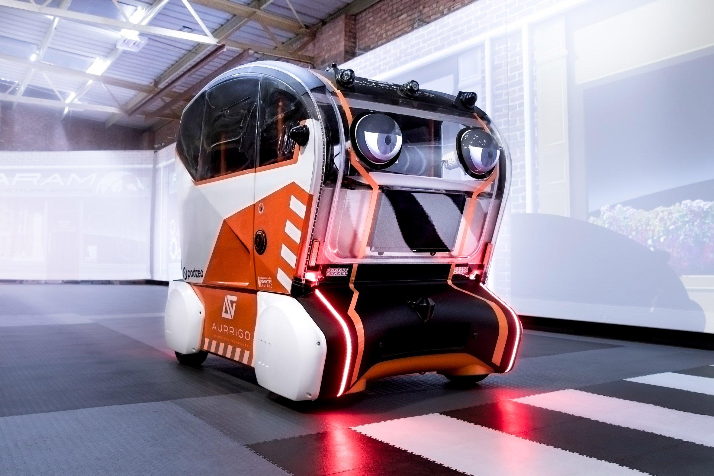 https://static.dezeen.com/uploads/2018/09/jaguar-land-rover-selfdriving-car-eyes-transport-technology_dezeen_2364_col_5.jpg